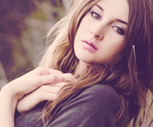 Shailene Woodley, divergent, and photoshoot image