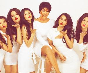 kardashians, family, and kiss image