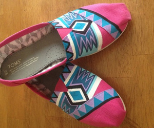pink and toms image