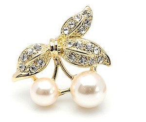 brooches and jewelry image