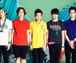 winner, taehyun, and ygfamily image