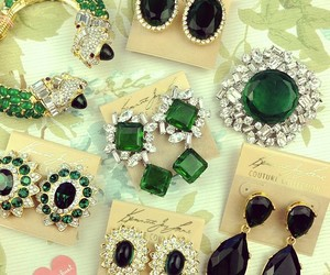 emerald, jewelry, and green image