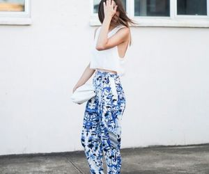 girl and street style image