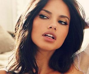girl, makeup, and Adriana Lima image