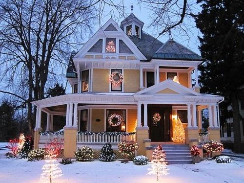 Bon Christmas, Christmas Decoration, Christmas Tree, Cute, House, Lights    Inspiring Picture On Favim.com