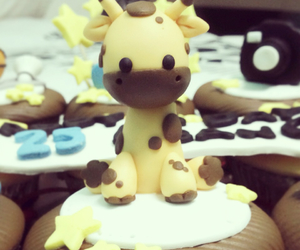 animal, cake topper, and cupcakes image