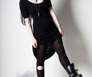 alt girl, clothes, and goth image