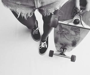 balck and white, girl, and skate image