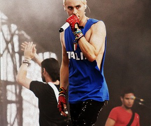 30 seconds to mars, awesome, and boy image