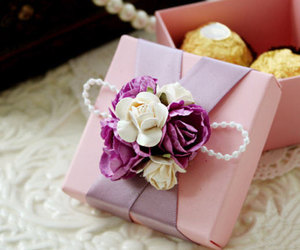 country wedding, packaging, and paper goods image