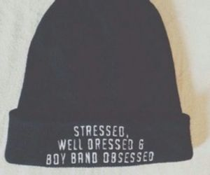beanie, fashion, and stressed image