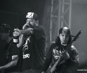 brown, show, and charlie brown jr. image