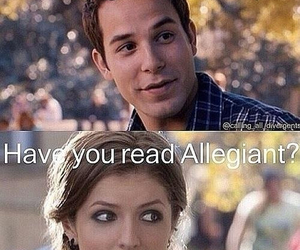 allegiant, divergent, and book image