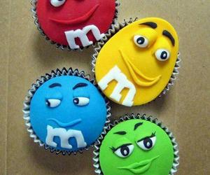 cupcake, food, and m&m's image