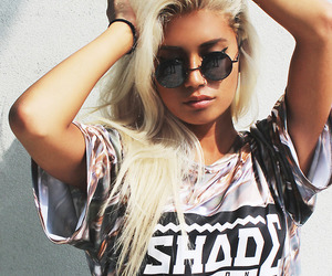 girl, blonde, and swag image