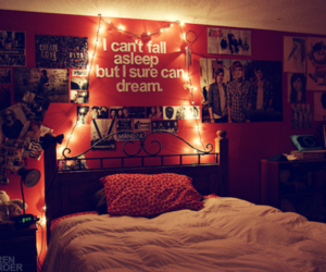 bed, cama, and Dream image