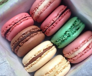 food, love, and macaroons image