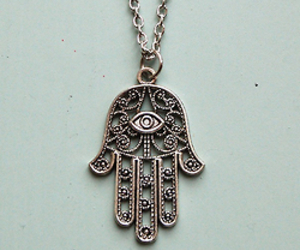 necklace, hand, and hamsa image