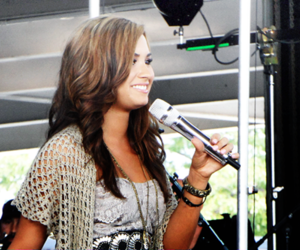 demi lovato, 2011, and soundcheck image