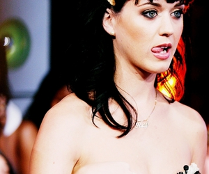 katy perry, sucks dick, and tongue image