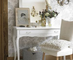 vintage, white, and dressing table image