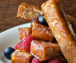 breakfast, french toast, and cinnamon sugar image