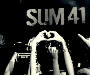 band, rock, and sum 41 image