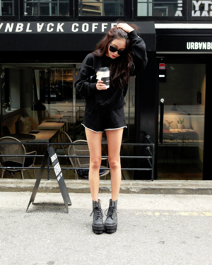 black, kfashion, and ulzzang image