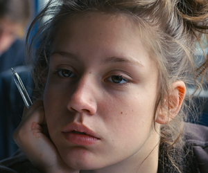 blue is the warmest color, adele exarchopoulos, and movie image