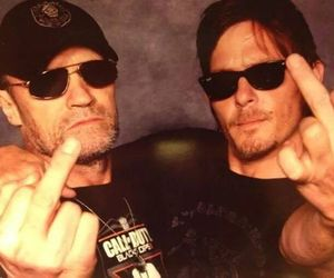 the walking dead, brothers, and daryl image