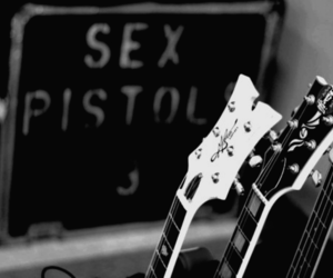 guitar, sex pistols, and black image