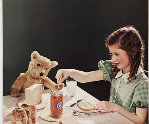 breakfast and girl image