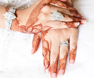 henna and marriage image