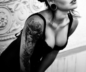 b&w, sexy, and Tattoos image