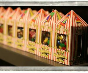 harry potter, sweets, and honeydukes image