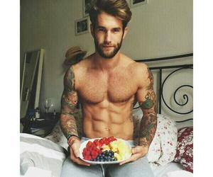 boy, healthy breakfast, and desayuno image