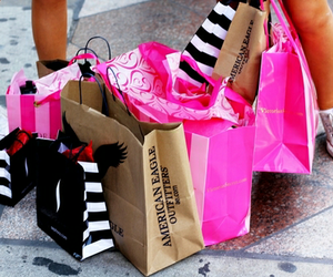 shopping, pink, and Victoria's Secret image