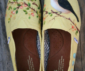 creative, toms, and shoes image
