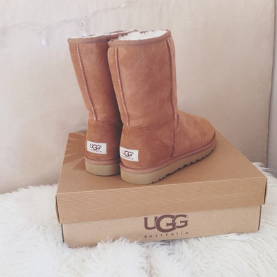 love, uggs, and boots image