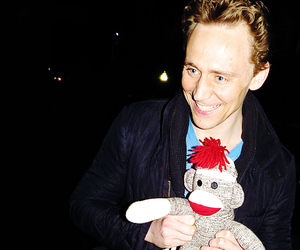 tom hiddleston and cute image