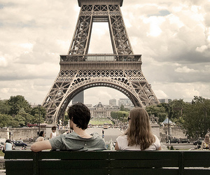 paris, couple, and eiffel tower image