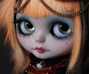 doll and blythes image