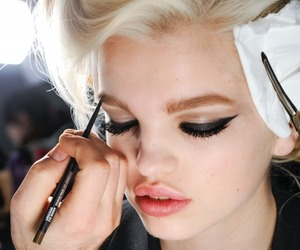 makeup, model, and daphne groeneveld image