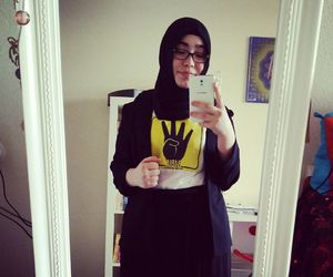 instyle, peace, and muslima image