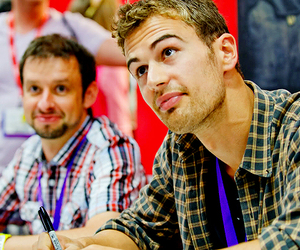 theo and theo james image