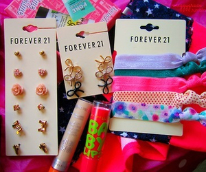 forever 21, baby lips, and earrings image