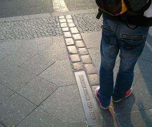 berlin berlin mauer wall image