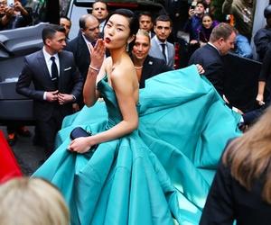 blue dress, kiss, and met ball image