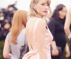 Hot, red, and Taylor Swift image