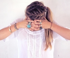 hairstyle, hands, and t-shirt image